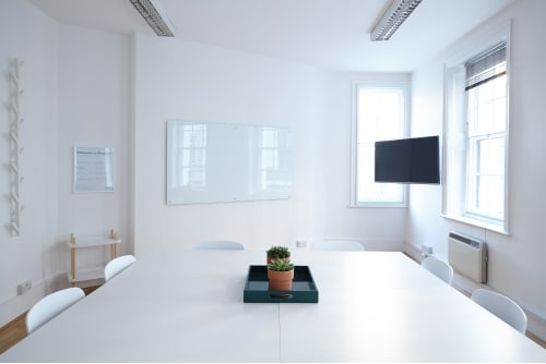 Office space located at 26 Mortimer Street, Fitzrovia, 1st Floor, #2