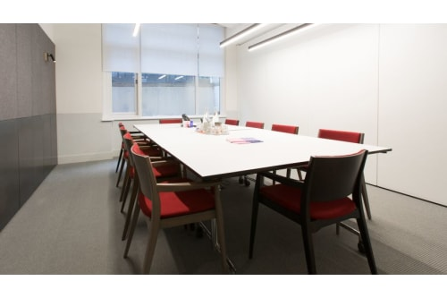 Office space located at 3 Lloyd's Avenue, Room MR 02, #2