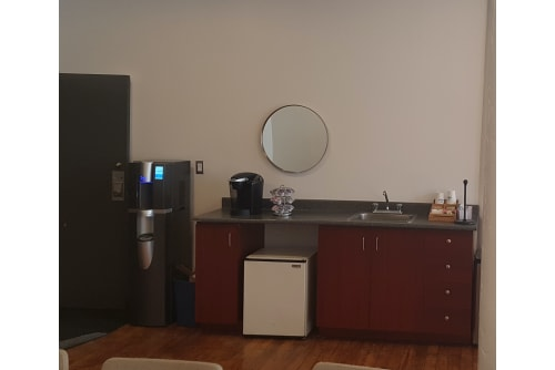 Office space located at 4020 Rue Saint-Ambroise, 2nd Floor, Suite 226, #6