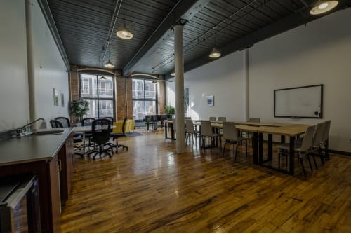 Office space located at 4020 Rue Saint-Ambroise, 2nd Floor, Suite 226, #3