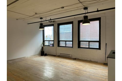 Office space located at 4529 Rue Clark, 2nd Floor, Suite 210, #1