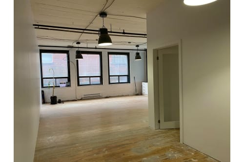 Office space located at 4529 Rue Clark, 2nd Floor, Suite 210, #2