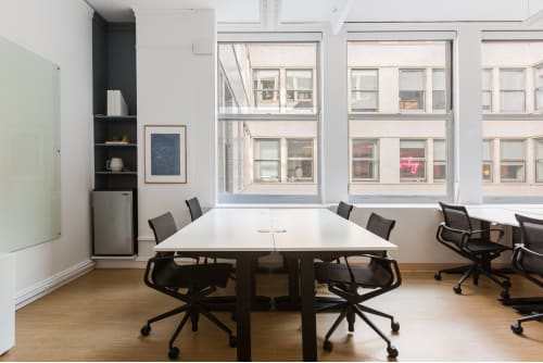 Office space located at 465 California St., 12th Floor, Suite 1290, #7