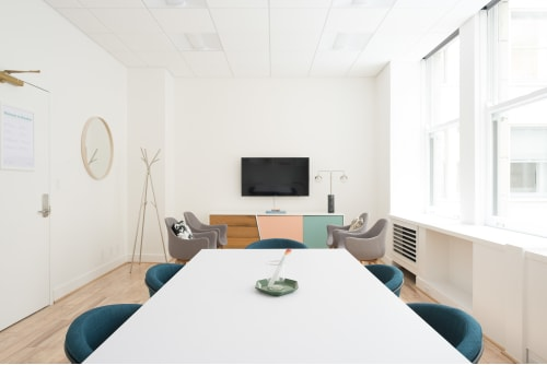 Office space located at 465 California St., 4th Floor, Suite 433, #7