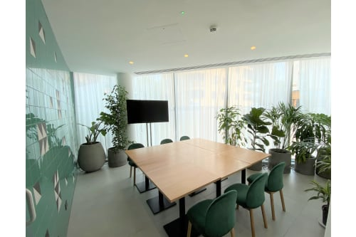 Office space located at 5 Cavell Street, Ground Floor, Room Green Room Suite, #3