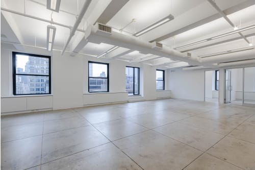 Office space located at 530 7th Avenue, 24th Floor, Suite 2401, #2