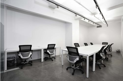 Office space located at 530 7th Avenue, M1 Floor, Suite 13, #1