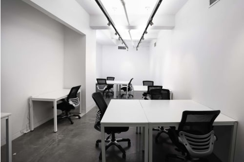 Office space located at 530 7th Avenue, M1 Floor, Suite 13, #7