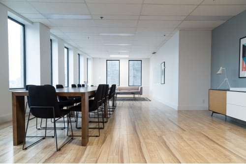 Office space located at 555 Boulevard René-Levesque O., 12th Floor, Suite 1230, #2