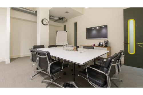 Office space located at 7-8 Stratford Place, Room MR 02, #2