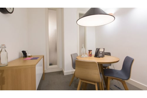 Office space located at 7-8 Stratford Place, Room MR 03, #2