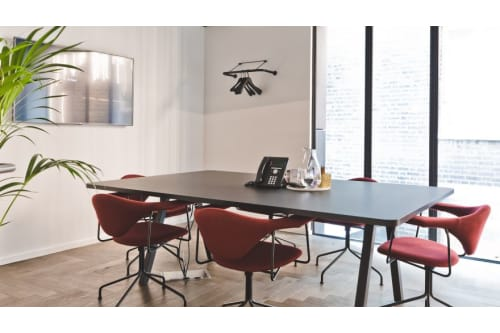 Office space located at 7 Pancras Square, Room MR 02, #1