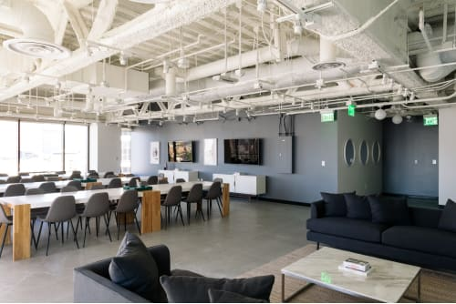 Office space located at 725 S. Figueroa St., 10th Floor, Suite 1010, #2