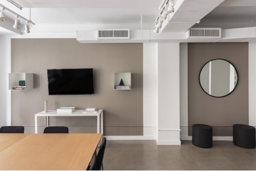Office space located at 8 East 41st Street, 4th Floor, Suite 2, #8