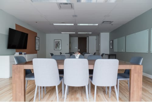 Office space located at 1130 Sherbrooke O., 3rd Floor, Suite 360, #5