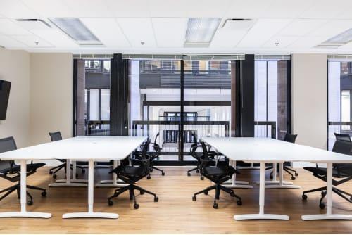 Office space located at Centre de Commerce Mondial, 747 Rue du Square-Victoria, 2nd Floor, Suite 2020, #2