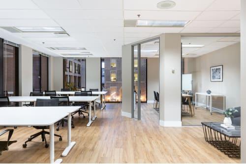 Office space located at Centre de Commerce Mondial, 747 Rue du Square-Victoria, 2nd Floor, Suite 2020, #1