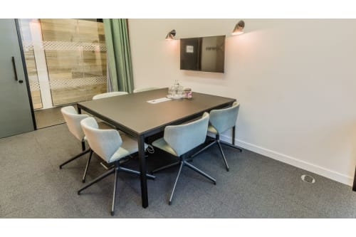 Office space located at 1 Pancras Square, Room MR 04, #1