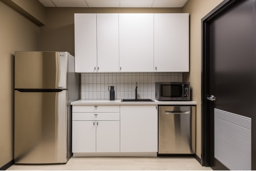 Office space located at 111 Peter St., 4th Floor, Suite 406A, #10