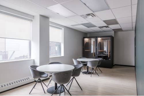 Office space located at 111 Peter St., 4th Floor, Suite 406A, #6