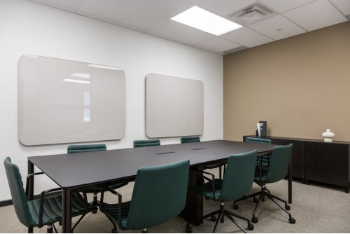 Office space located at 111 Peter St., 4th Floor, Suite 406A, #7