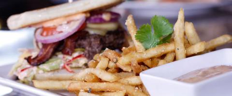 <h5>Milagro Grill - Burger</h5>