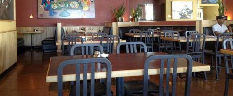 <h5>Nello's Pizza - Indoor seating</h5>