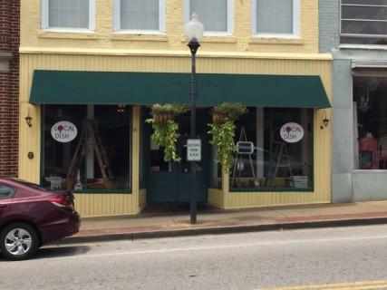 <h5>Local Dish Restaurant</h5><p> Local Dish Restaurant - Entrance</p>