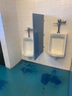 <h5>Shilshole Bay Marina</h5><p> Shilshole Bay Marina - Restrooms</p>