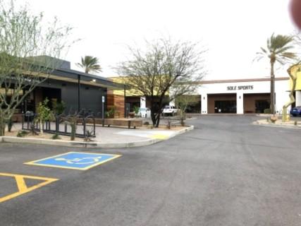 <h5>Tempe Public Market Cafe</h5><p> Tempe Public Market Cafe - Parking</p>