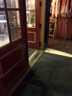 <h5>Preservation Pub</h5><p> Preservation Pub - Entrance