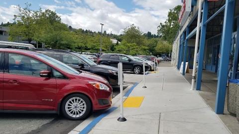 <h5>Chinook's At Salmon Bay</h5><p> Chinook's At Salmon Bay - Parking</p>