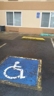 <h5>Comfort Suites Southwest</h5><p> Comfort Suites Southwest - Parking</p>