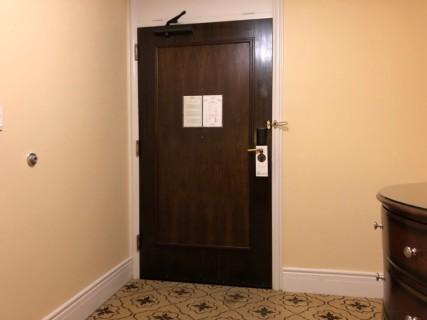 <h5>Fairmont Hotel Vancouver</h5><p> Fairmont Hotel Vancouver - Room</p>