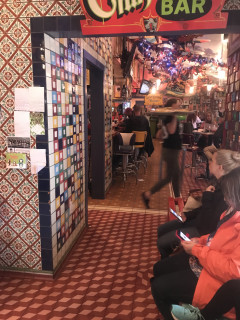 <h5>Chuy's</h5><p> Chuy's - Dining Area Seating</p>