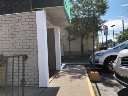 <h5>The Original Pancake House</h5><p> The Original Pancake House - Entrance</p>