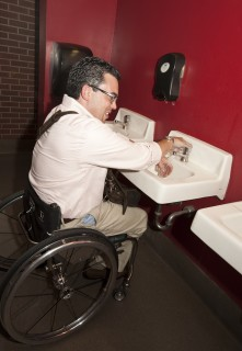 <h5>Accessible sinks</h5>