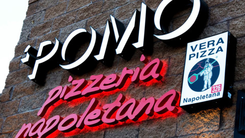 <h5>Pomo Pizzeria sign</h5>