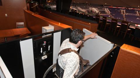 <h5>Club Annexus Lift</h5>