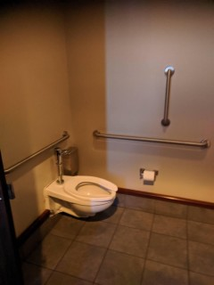 <h5>Columbia Tower Club</h5><p> Columbia Tower Club - Restrooms</p>