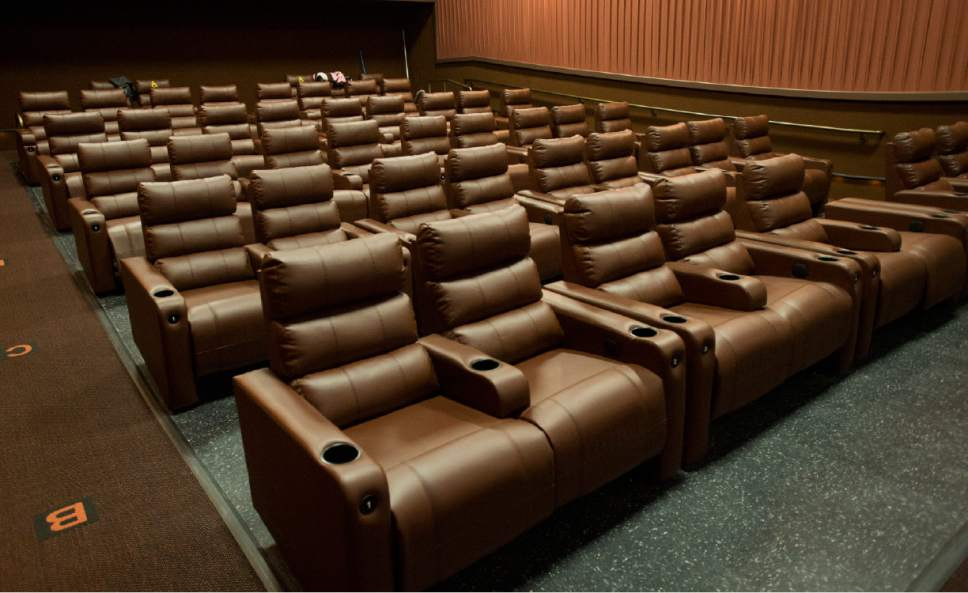 Cinemark SugarHouse Movies 10. U003ch5u003eSeatingu003c/h5u003e