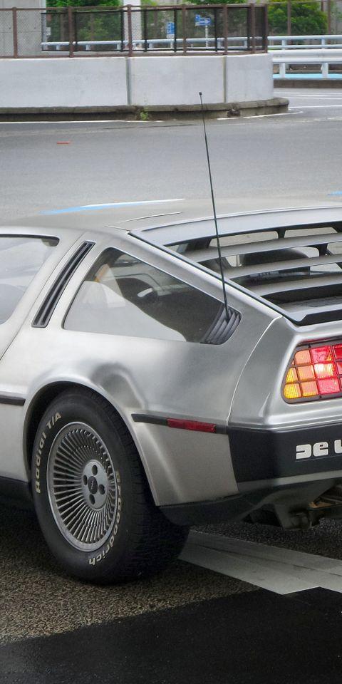 Afbeelding van een DeLorean auto