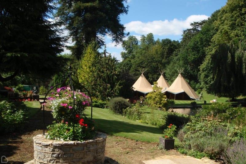 busbridge lakes wedding reception venue