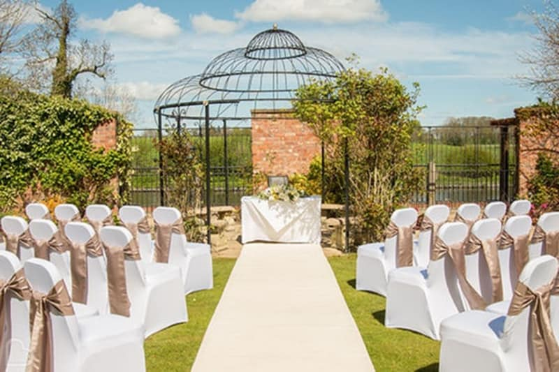 Lion Quays Waterside Resort wedding venue Shropshire