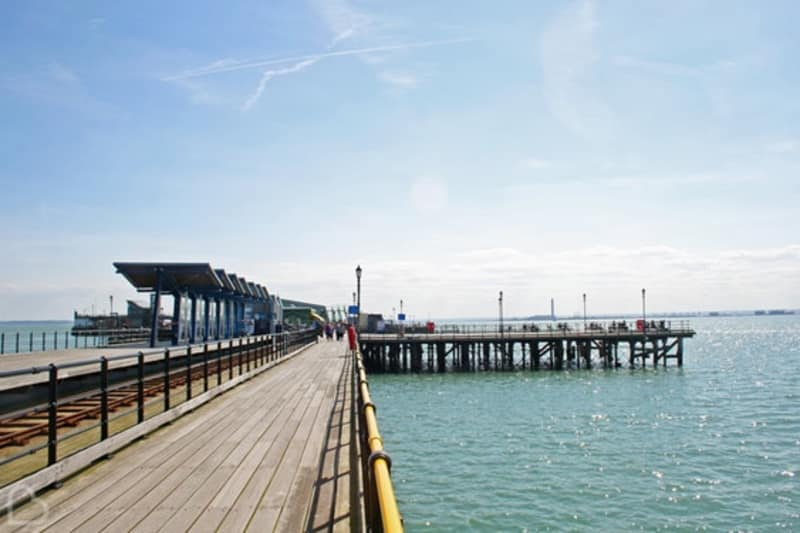 Bridebook.co.uk The Royal Pavilion Southend Pier