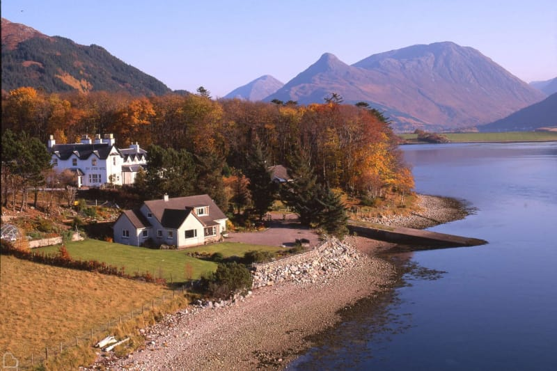 the loch leven hotel a waterfront wedding venue in scotland