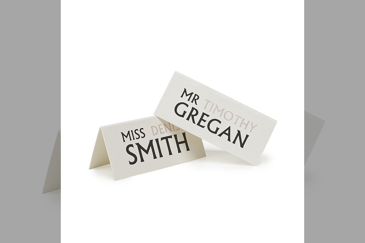 Bridebook.co.uk-Papteterie-Eugénie-wedding-stationery-modern-name-cards