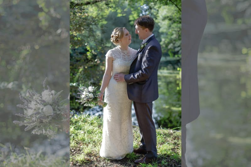 South East | Surrey | Shepperton | Summer | DIY | Classic | Country |Lavender | Gold | Film Studios | Manor House | Real Wedding | Graham Mansfield #Bridebook #RealWedding #WeddingIdeas Bridebook.co.uk