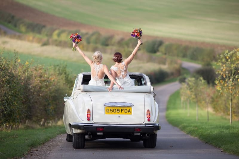 bridebook.co.uk brides drive away from party