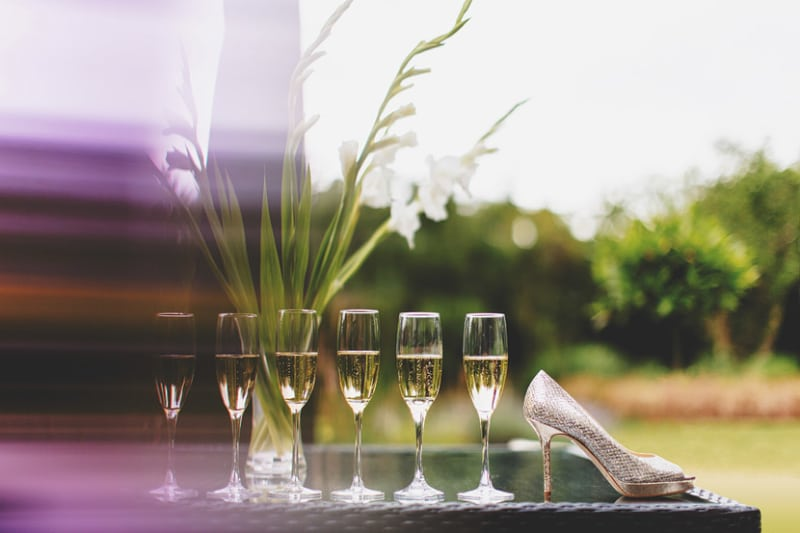 Bridebook.co.uk-champagne flutes and show